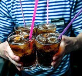 Простые коктейли: вкусная замена виски с колой