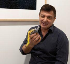 Грузинский художник съел экспонат стоимостью 120 тысяч долларов