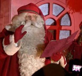 Санта отправляется из Финляндии в свое ежегодное путешествие