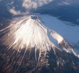 В Мексике проснулся один из крупнейших в мире вулканов Попокатепетль