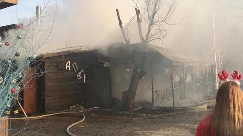 В Волгограде до тла сгорело грузинское кафе Саперави