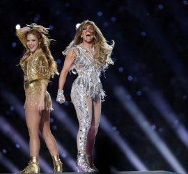 Шакира и Дженнифер Лопес зажгли на Super Bowl 2020