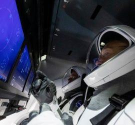 Crew Dragon успешно состыковался с МКС