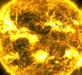 NASA смонтировало фотографии Солнца за 10 лет: видео