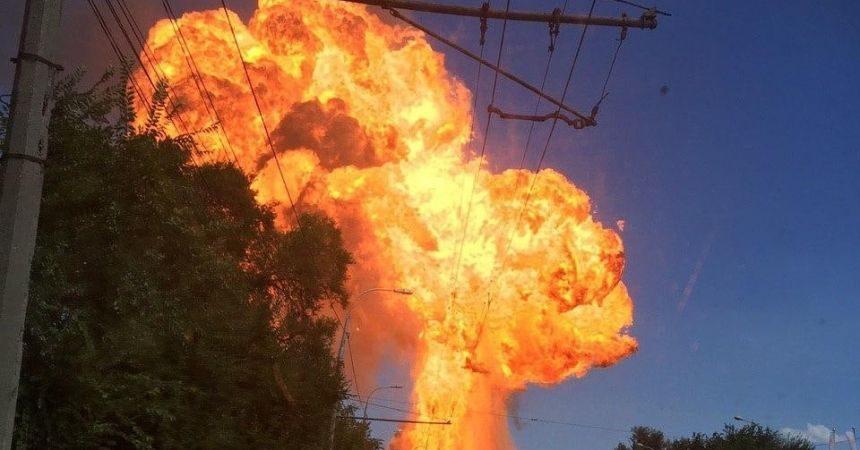 В Волгограде взорвалась газовая заправка: шокирующие кадры