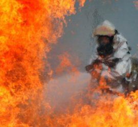 На даче в Волжском во время пожара погибли мать и трое детей