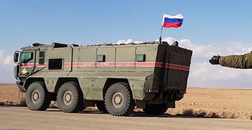 В Сирии боевики взорвали броневик с российскими военными
