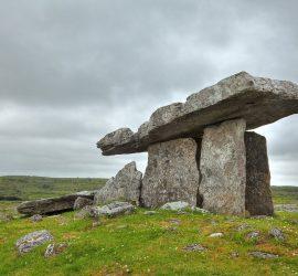 Топ-10 таинственных мест на Земле, где происходят мистические события