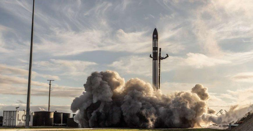 В Новой Зеландии Rocket Lab запустила в космос ракету со спутникам