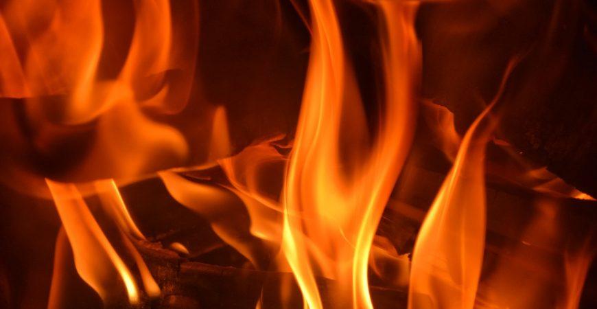 Дедушка не заметил пожар в собственном доме
