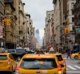 Подборка неадекватных мамаш в такси