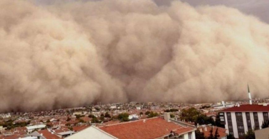 По Турции прошлась песчаная буря: есть пострадавшие