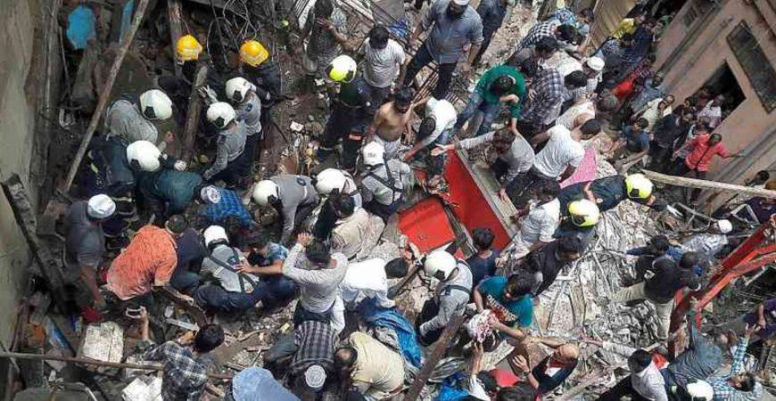 В Индии завалился жилой дом: есть жертвы