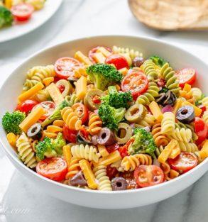 Легкий салат из пасты